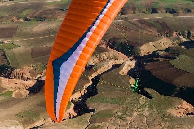 La Voile de parapente Atlas de Gin Gliders est disponible a l'essai a l'ecole de parapente du Saleve